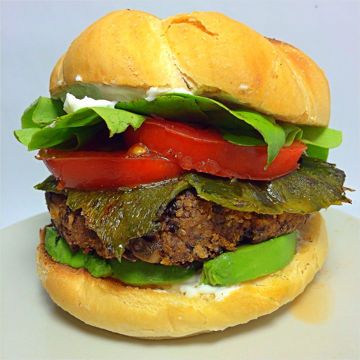 BeanBurguesa con Rajas; Black Bean Burger with Roasted Poblano |